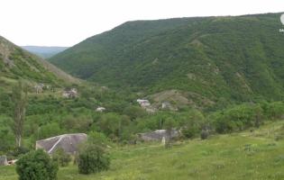 Кошкеби – село в Горийском муниципалитете, населенное этническими осетинами
