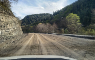Строительство дороги в Дзамском ущелье будет возобновлено через 2 недели