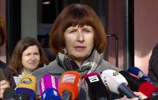Элизабет Руд обратилась к де-факто властям из школы села Квеши