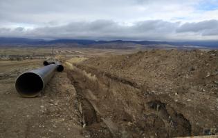 Возле водохранилища Надарбазеви меняют трубы – воду ждут также и в оккупированных селах
