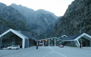 У 11 сотрудников МВД  подтвердился диагноз COVID-19, 7 из них дежурили на пропускном пункте в Ларсе
